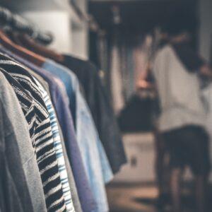 Kleidung / Accessoires